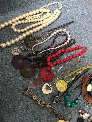 Job lot fashion jewellery
