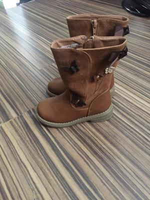 Brand new girls boots size 9