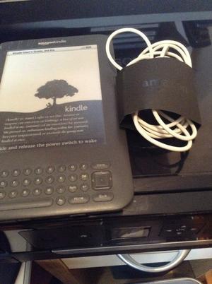 """Amazon Kindle keyboard Ereader DG Wifi 6"""" Graphite"""