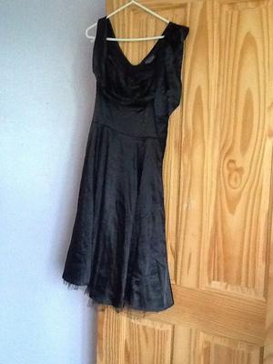 Lovely black dress size 12, used but still in very good condition