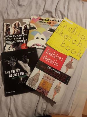 Back to Uni/Fashion Student Books Bundle
