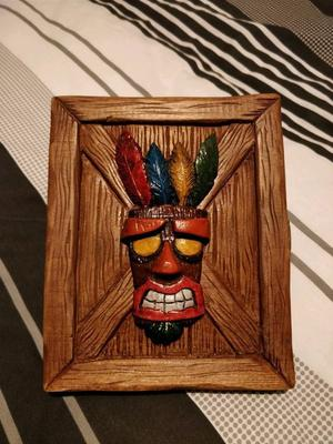 Crash Bandicoot N Sane Trilogy Limited Edition, Aku Aku Wooden Box, PS4