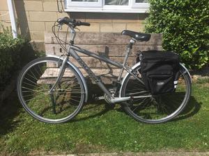 Raleigh Pioneer Ladies Hybrid cycle