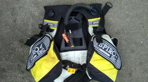 Spiro sbc oftopus diving jacket and accessories.all in good condition!Can deliver or post!Thank you