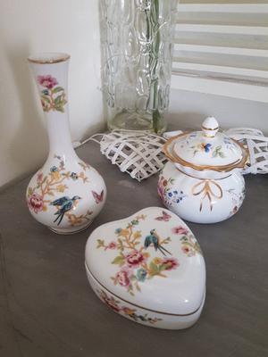 Vintage Astbury fine bone china small bud vase, heart trinket box & lidded pot - Royal Albert works