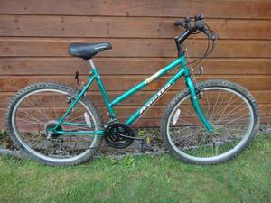 Apollo Impact Ladies bike, 26 inch wheels, 15 gears, 18 inch frame, green working order