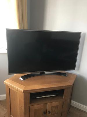 "LG Smart TV 4K Ultra HD HDR LED TV 43"" Screen"