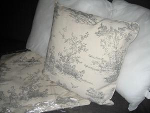 3 x Cushions..Brand New Clearance stock.. size..44cm x 44 cm...grab a bargain quick!