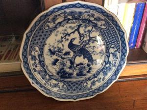 Peacock decorative plate