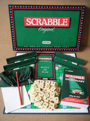 """""""Scrabble Original"""" board game. By Spears . Plus Scrabble Dictionary by Collins."""