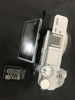 Sony  mirrorless camera (rare SILVER) *unused!* (optional 5 NEX adapters / memory card / case)