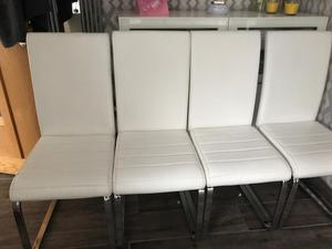 4 dining room chairs £20 pickup only