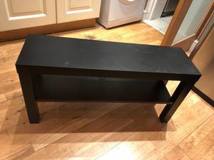 Black wooden tv stand.Hardly used in condition. H:45 cm D:27 cm L:90 cm £25 NO OFFERS. CAN DELIVER