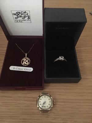 3 Items of 9ct Gold