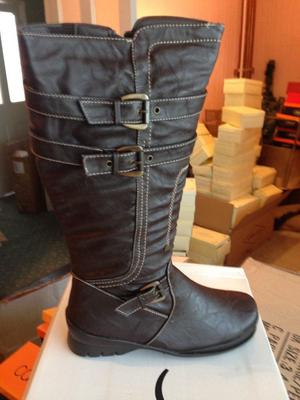 BRAND NEW LADIES WOMENS BOOTS JOB LOT VARIOUS SIZES FROM 3 TO 8 - 47 Pairs worth over £800