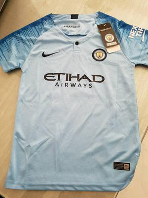 Brand new kids Man City 'Aguero' football shirt