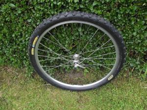 Mountain Bike Front Wheel Shimano XT / Mavic 221 Superb Condition