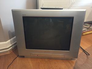 Panasonic Quintrix tx-21 TV - excellent condition