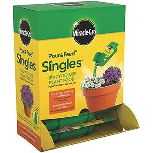 Singles Pour Plant Food