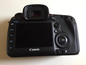 Camera Canon 5D mark iii