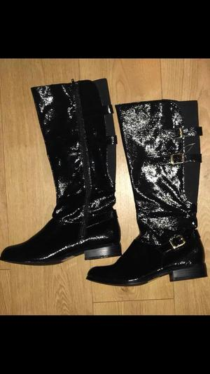 Ladies new black knee high boots size(7)