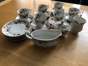 22 Piece Fine Bone China Tea set