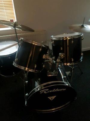 Drum kit (Rockburn)