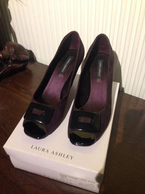 Laura Ashley shoes size 6 new and boxed
