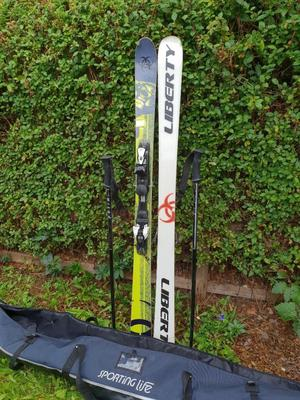 Skis and binding poles brilliant condition with bag