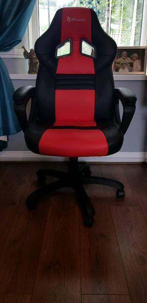 Arozzi Gaming chair