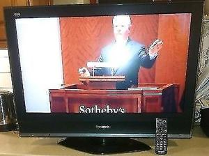 BARGAIN Panasonic TX32LMD70 HD READY LCD TV with Freeview, EXCELLENT CONDITION