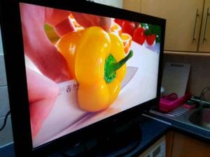 "LG 37"" Led Full HD, Freeview HD, Delivery"
