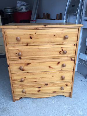 Pine Chest of 5 Drawers & Pine Bedside 1 Drawer Unit
