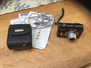 Sony Cybershot Camera MPEG/Movie DCS-W5 Black digital camera - not working