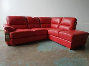 FABB SOFAS AXLE RED LEATHER CORNER SUITE BRAND NEW EX DISPLAY SOFA STILL WITH TAGS DELIVER AVAILABLE