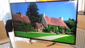 Panasonic TX55DX600B 55 inch 4K Ultra HD Smart LED TV Freeview Play