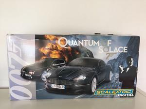BRILLAND BOYS XMAS LIKE NEW SCALEXTRIC DIGITAL 007 QUANTUM OF SOLACR AND 2 MICRO SETS ALL IN MINT