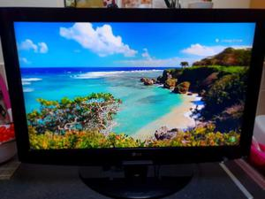"""LG 32"""" Led Full HD, Freeview HD, Delivery"""