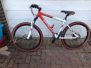 SPECIALIZED ROCKHOPPER BIKE HYDRAULIC DISC BRAKES GREAT CONDITION