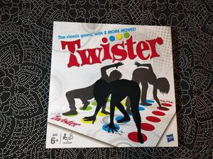 BRAND NEW BOARD GAME - TWISTER!