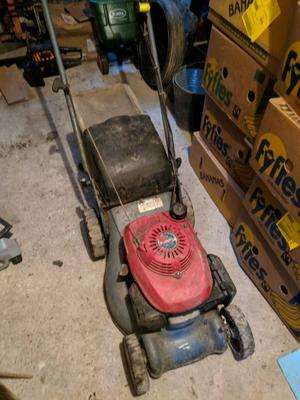 Honda izy self propelled laen mower