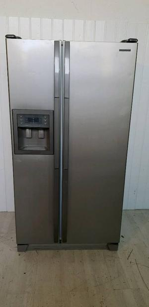 Samsung American Style Fridgefreezer Silver Posot Class
