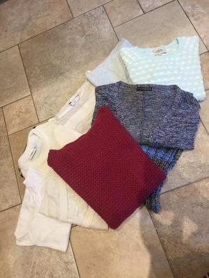 8 Jumpers & 1 Neck Snood - (PRICE IS FOR ALL 9 PIECES)