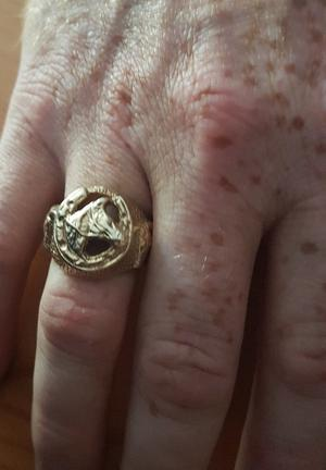 9ct gold horse-shoe ring for sale