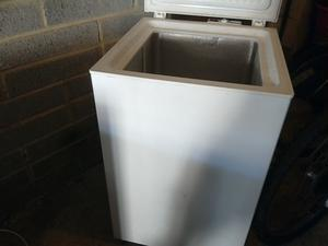 Chest freezer small size 21 inch wide with freeze control gwo can deliver local
