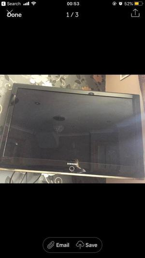 40 inch tv with wall bracket and unit