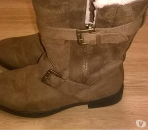 lovely pair of warm brown boots