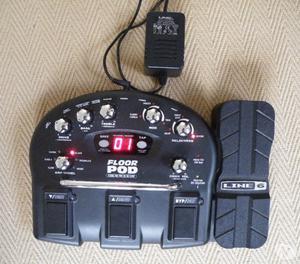 Line 6 Floorpod Multi Effect pedal board inc power supply