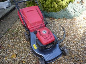 mountfield self proplled lawnmower