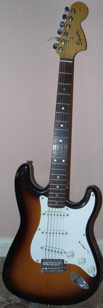 Fender Squier Stratocaster 6 String Electric Guitar In Good